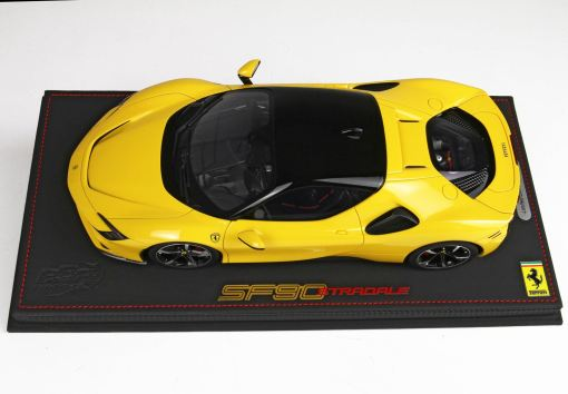 118 BBR MODELS Ferrari SF90 Stradale Giallo Modena P18180B 2