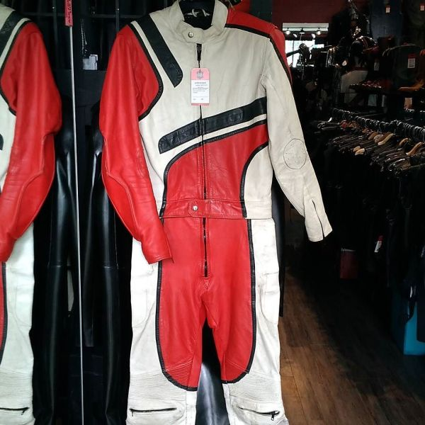 UNBRANDED Leather Two Piece RACE SUIT 11951 ( Size 40 )
