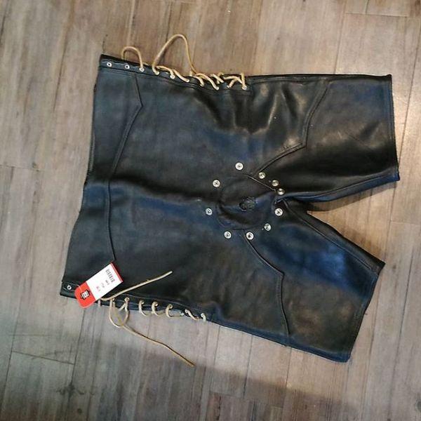 UNBRANDED Leather Shorts FETISH 17922 ( Size 43 )