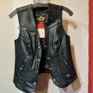 HARLEY DAVIDSON Leather Fitted VEST | 25622