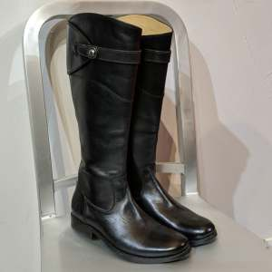 FRYE Molly: Knee High Leather BOOTS   27146