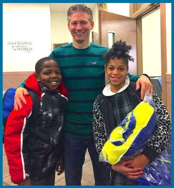 SharingWell_Event_Philly_Coat_Drive_3_Border