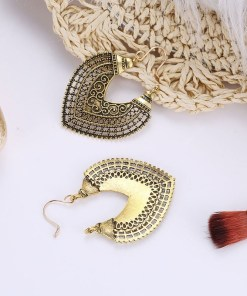 Vintage metal drop earrings