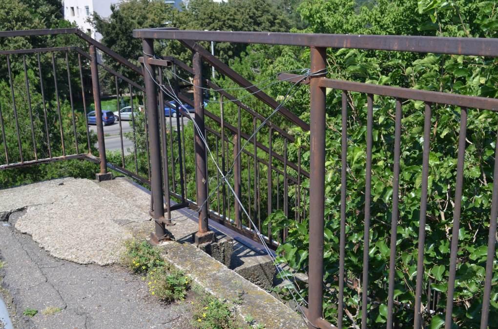gard pasarela rupt gara ramnicu sarat