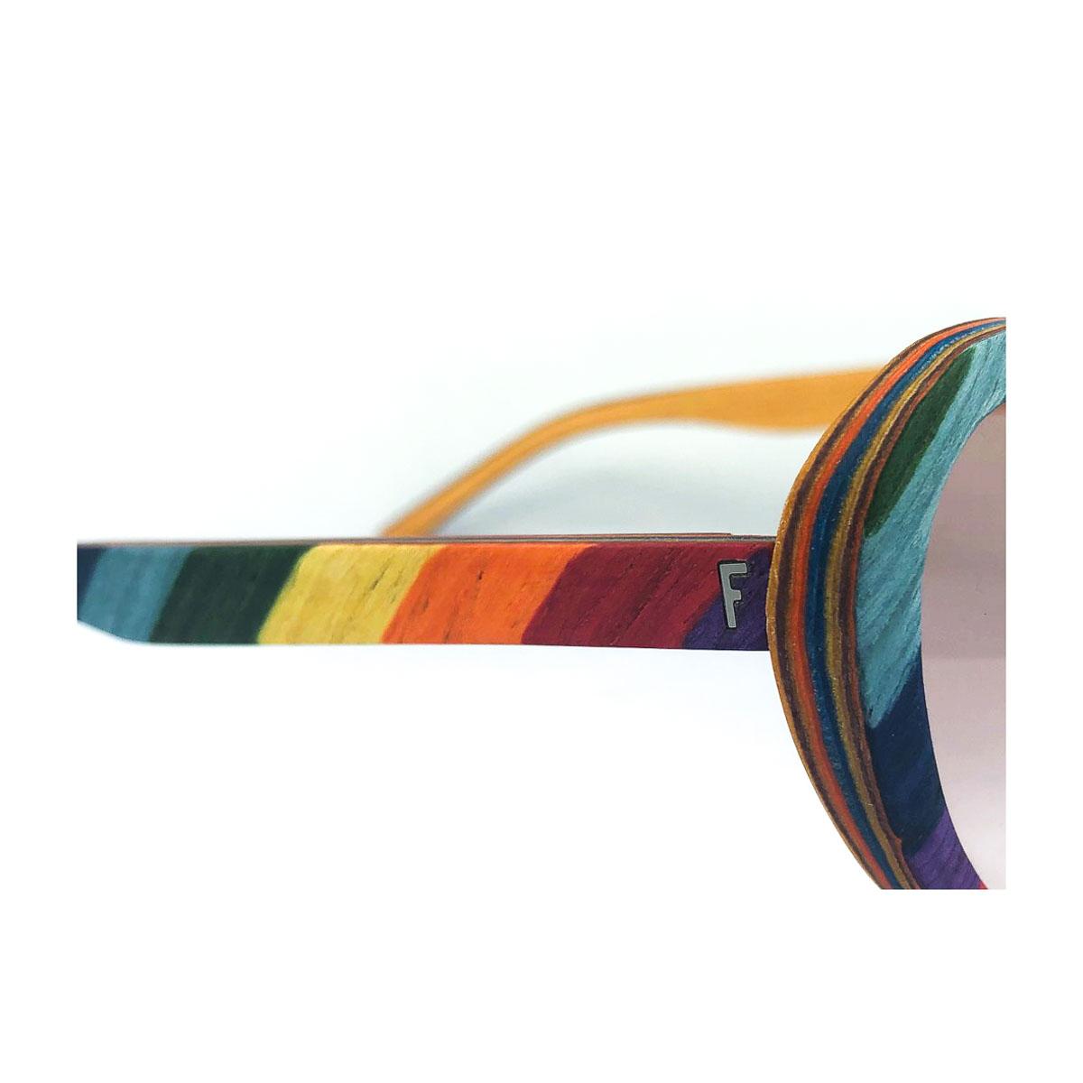 feb31 occhiali in legno forma lolita
