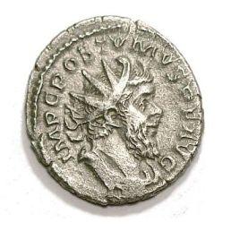 Antoniniano raffigurante Postumo. L'Impero delle Gallie aveva in questo periodo una zecca autonoma che cessò di battere moneta con Aureliano.