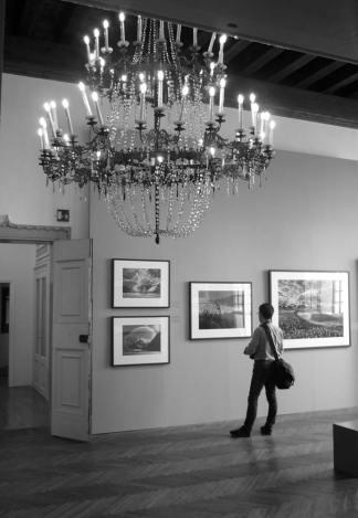 Veduta di una delle sale espositive. Venezia, Casa dei Tre Oci