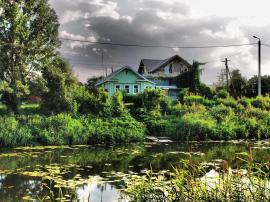 House on the river - Suzdal