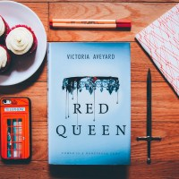 Food and Fiction: Red Queen Cupcakes