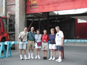 Rachel (4th from left) with her family in front of the Backlot Tour