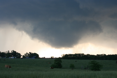 Possible funnel cloud trying to develop.