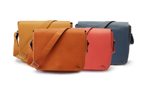 moeのショルダーバッグタイプの革のメッセンジャーバッグ、キャメル、レンガ色、バーミリオン、チャコールグレー