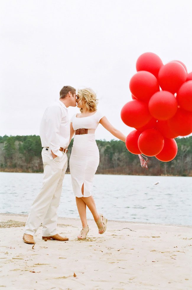 red balloon valentines day engagement session tyler state park, Ideas