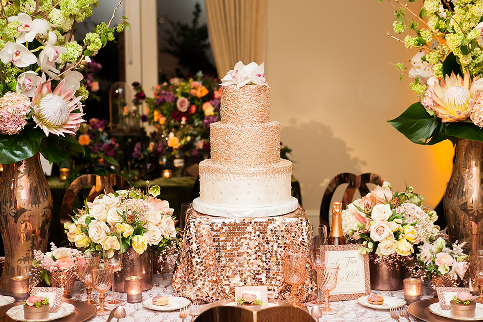 rose gold wedding cake with flowers gold wedding confetti wedding cake 19299