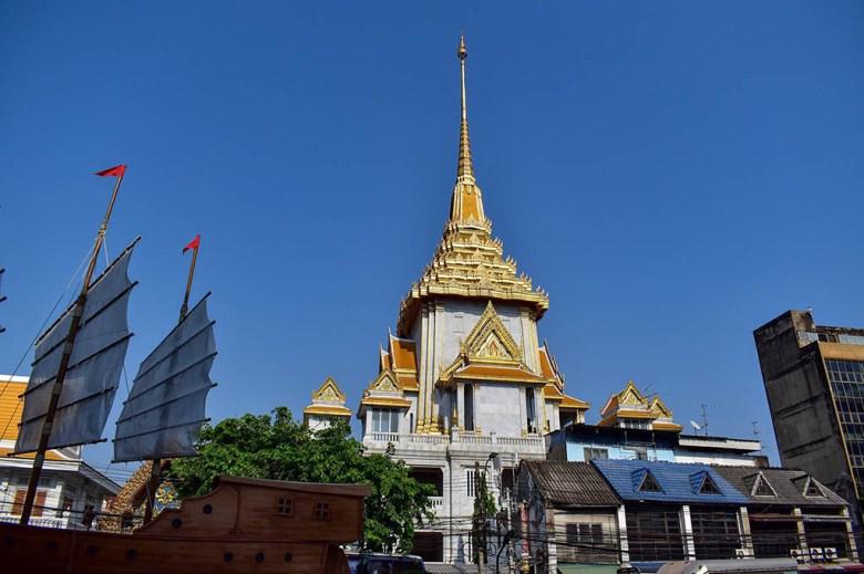 What to do in Bangkok: Wat Traimit, Chinatown