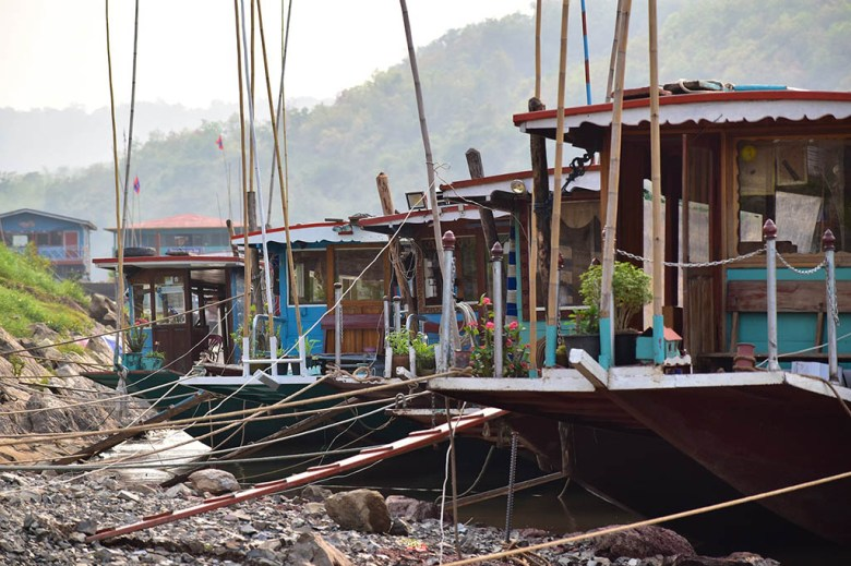 Slow boat to Luang Prabang: boats at the port on arrival