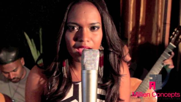 """E8: Fay Ann Lyons """"Catch Me"""" 
