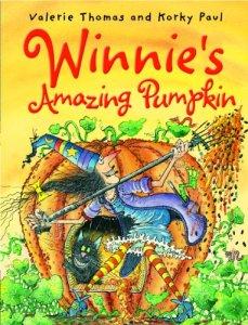 Winnie's Amazing Pumpkin - Story Snug