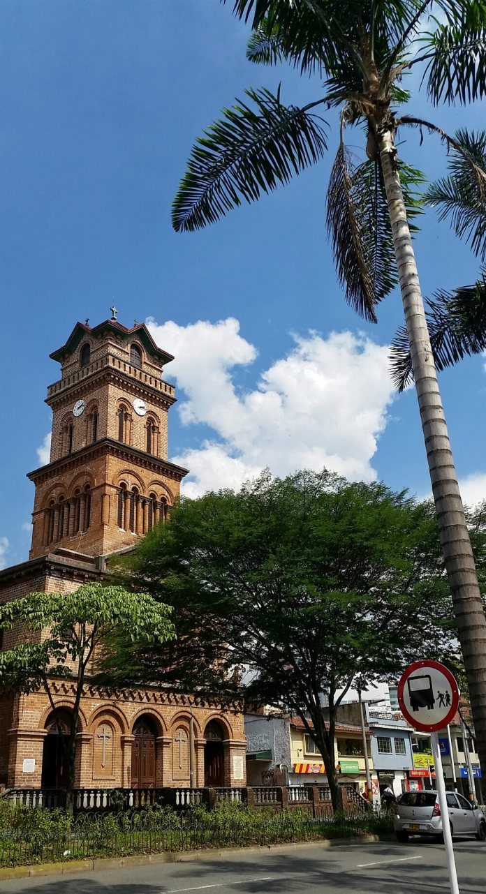 Eternal Spring in Medellin | 10 Solid Reasons To Visit Medellin, Colombia Next