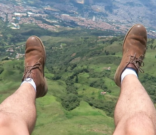 Paragliding in Medellin, Colombia: How To Have A Safe And Epic Ride