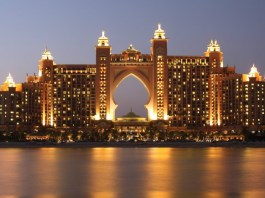 Hotel on The Palm Jumeirah | Planning a short trip to Dubai? Read this first...