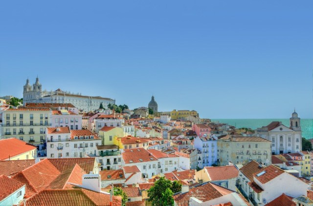 Long term travel in Portugal
