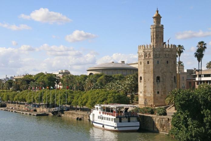 Gold Tower - Seville travel tips