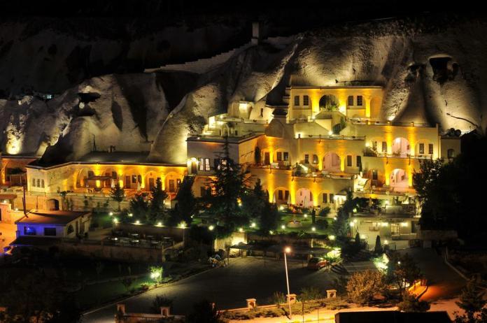 Cave hotels in Cappadocia alfina
