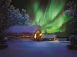 Northern lights hotel Kakslauttanen