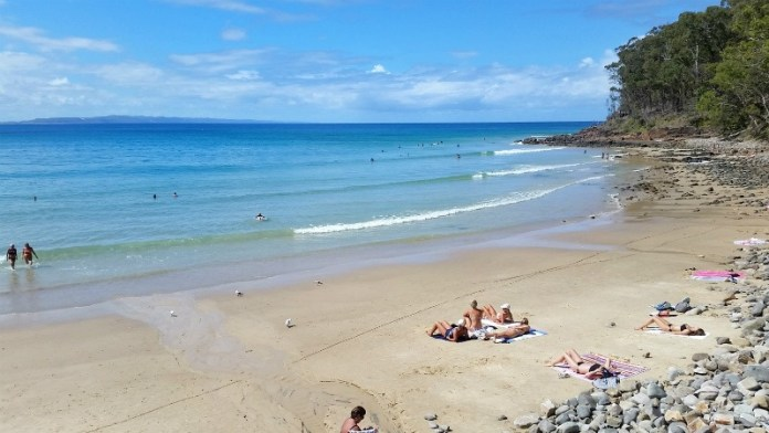 Little Cove - Exploring the rock pools at Noosa National Park
