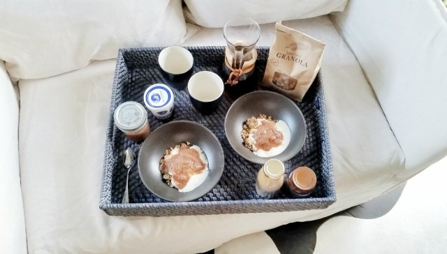 Boutique Byron Bay Accommodation: 28 Degrees Byron Bay Review - Breakfast