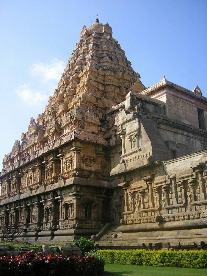 Indian Architecture - 10 reasons to travel to India