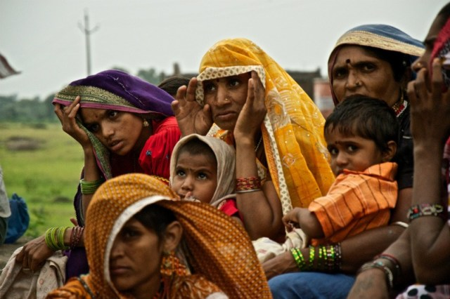 Bhil tribe women: Udaipur to Pindwara road trip