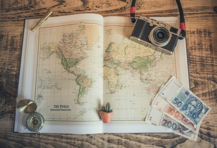 How to save money while traveling - Come up with a budget