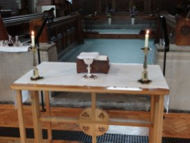The portable altar is usually used on Thursdays