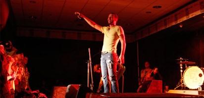 singer guy
