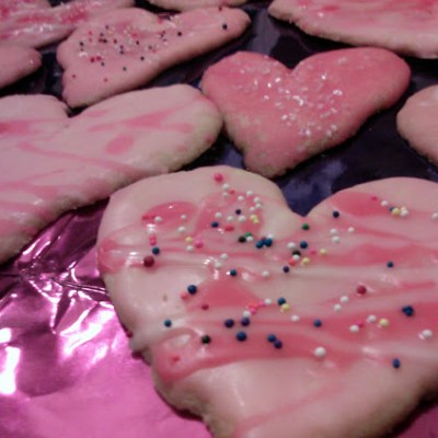 Valentine Individual Heart Shaped Sugar Cookies – No Cookie Cutter Needed