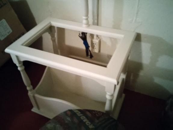 primed-side-table
