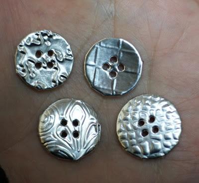 6-faux-metallic-projects-using-aluminum-tin-foil-stowandtellu