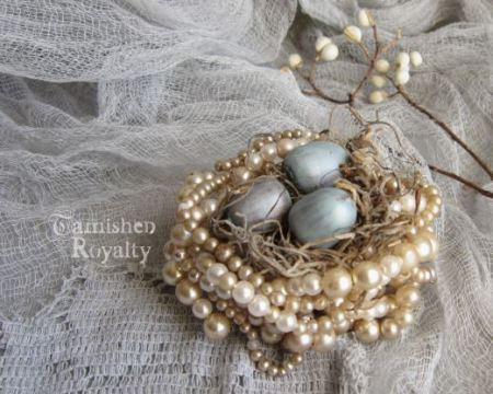 pearl-necklace-faux-bird-nest-tarnishedroyalty-com