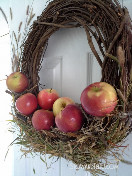 rustic-apple-wreath-without-glue