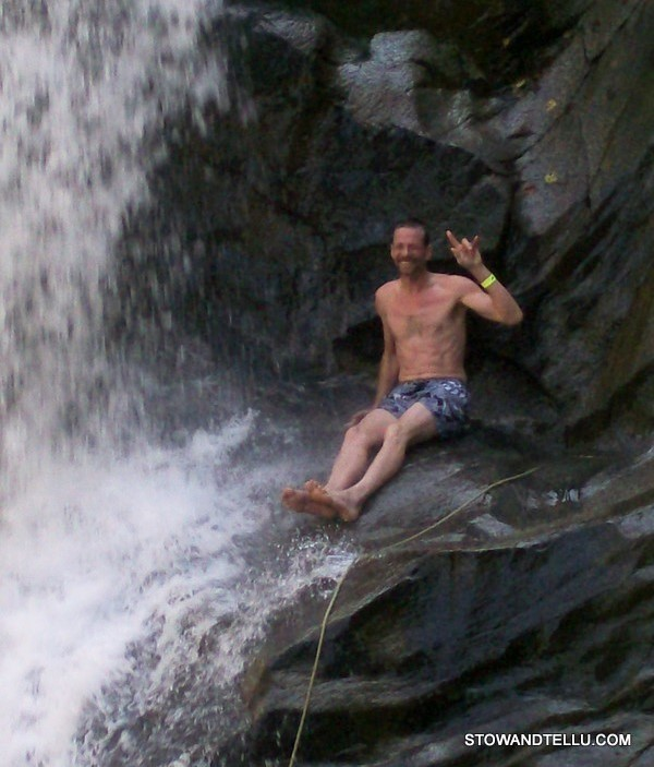 jumping-off-water-falls-puerto-vallarta
