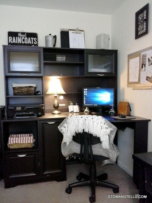 craigslist-$65-desk-office-makeover - StowAndTellU.com