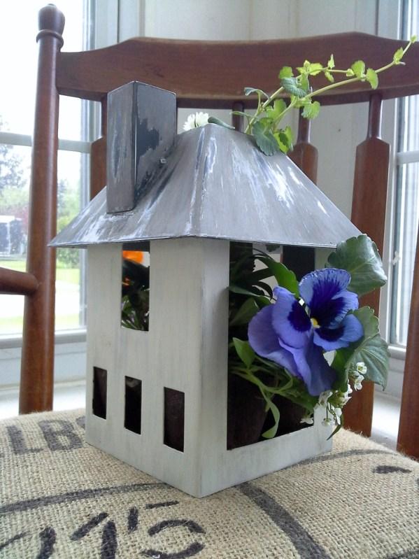 mini-bird-house-garden-planter-gift-StowAndTellU.com