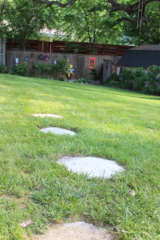 no-mold stepping-stones-decoratingchica
