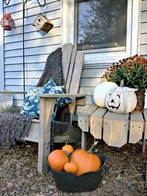 Painted white jack o lantern pumpkin and a Fall porch makeover | StowAndTellU