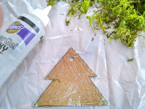 card board and moss Christmas tree ornaments   StowandTellU