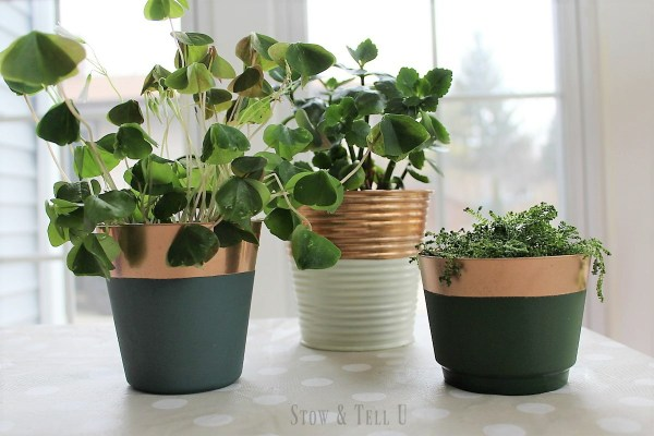 St Patrick's Day green and copper foil painted planters | stowandtellu.com
