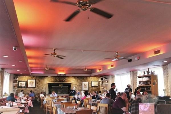 dining-room-dell-rheas