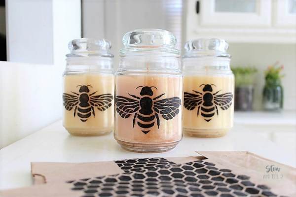 DIY jar candle and gift bag using honey bee - honey comb stencil | Stowandtellu.com